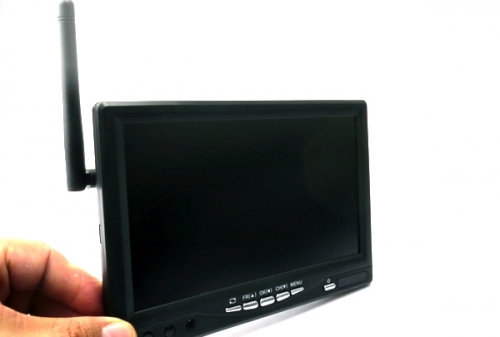 5.8GHz 32CH 7 inch Wireless & DVR Monitor RC800 (all-in-one)